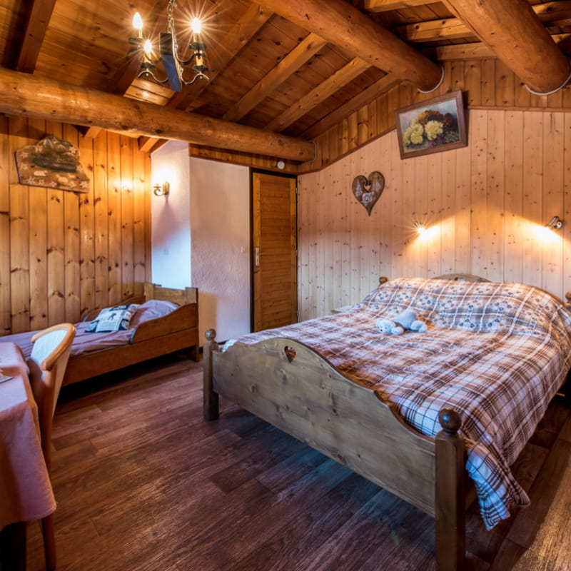 Chalet Les Gentianes - Appartement Rhododendrons-Myrtille - 6 pers
