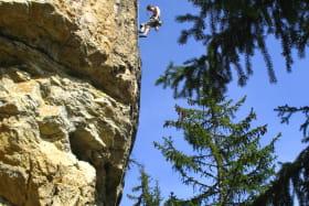Pratique encadrée de l'escalade et Via Ferrata