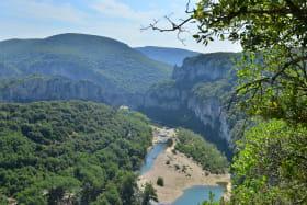 Randonnées pédestres avec Ardèche Balades
