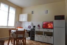 Appartement Villa Saint Antoine Orcival cuisine
