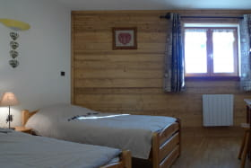 residence_albaron_boniface_monique_bessans_chambre01