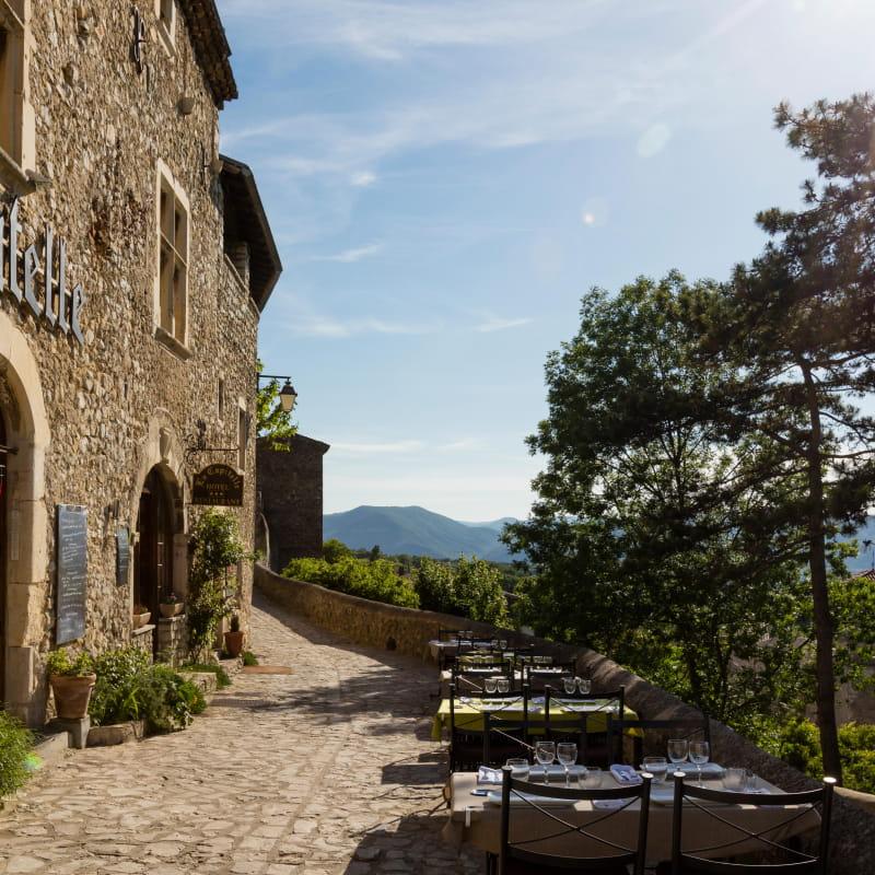 Hôtel Restaurant La Capitelle