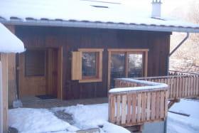 terrasse du gite en hiver.