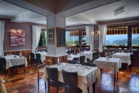 Salle de restaurant hôtel panoramique