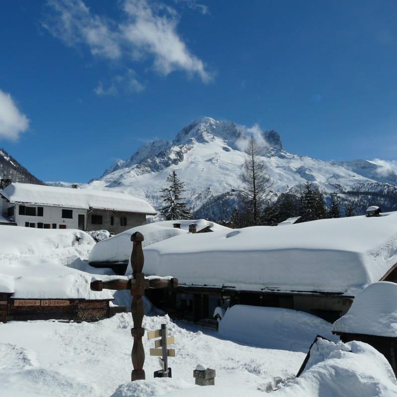 gîte la boerne argentière hiver aiguille des grands montets