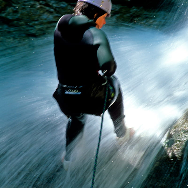 Canyoning à la cascade de Nyon
