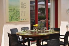 Restaurant le Grill sous la terrasse couverte