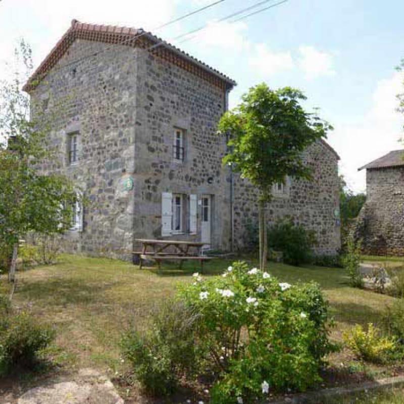 Meublé de Tourisme - Commune de Rauret G2322