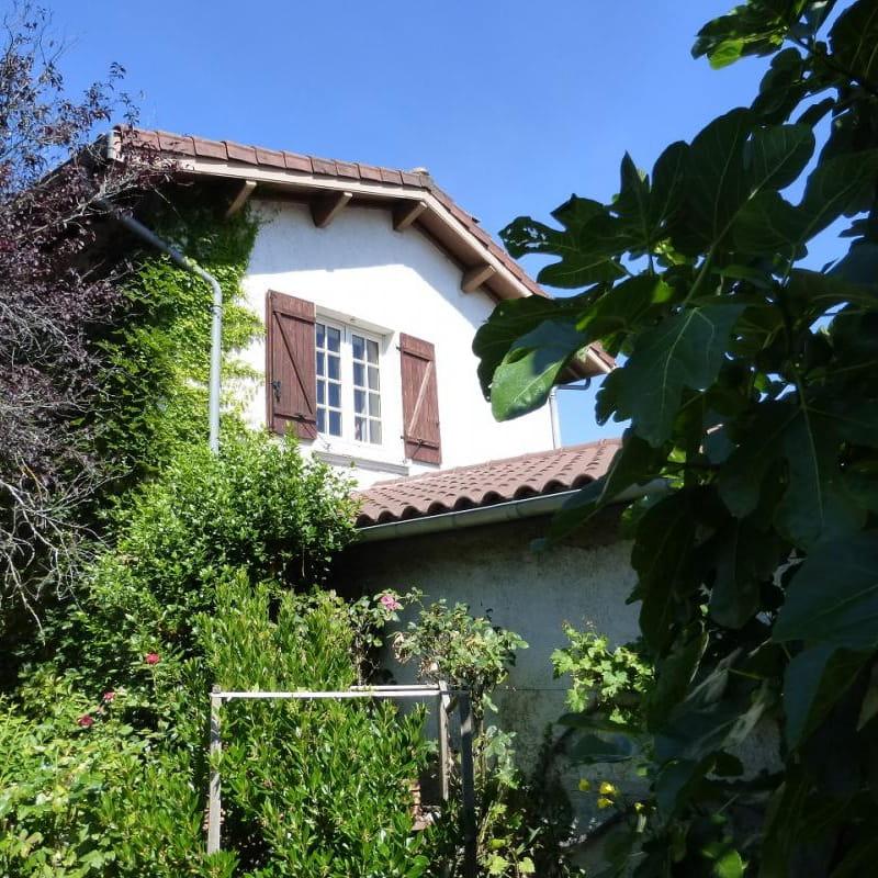 Gîte 'Le Grenier des Vignes Rouges' à Brindas (Rhône - Ouest Lyonnais)
