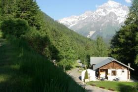 à Val Cenis-Lanslebourg, le camping Les Balmasses