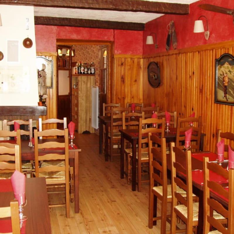 La salle du restaurant La Mule du Carra