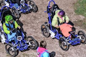 Quadrix Axess - Fauteuil tout terrain électrique de randonnée, version guidon ou joystick