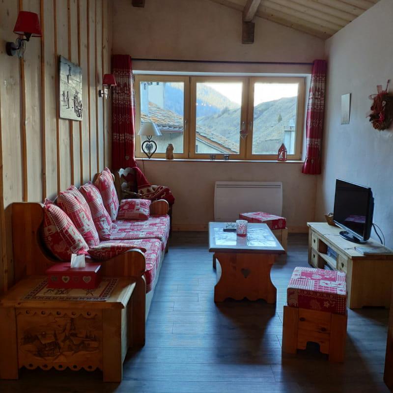 A Lanslebourg Val Cenis, charmant appartement dans une batisse typique
