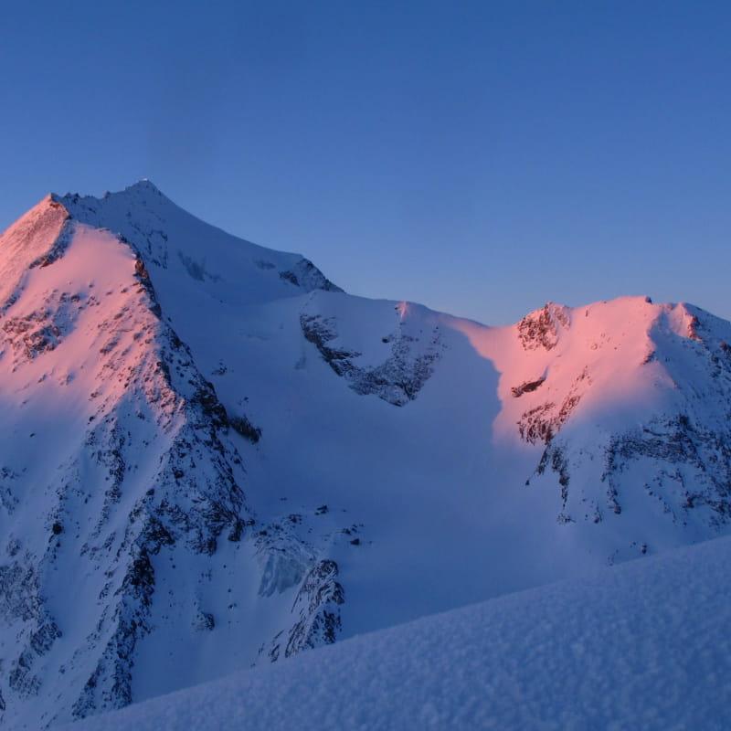 Activité Stages en Montagne au Giro et cima del Rutor, dans le Grand Paradis et au Mont Rose