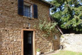 Gîte de Montezain à Marcy-sur-Anse dans le Beaujolais - Rhône : la maison.