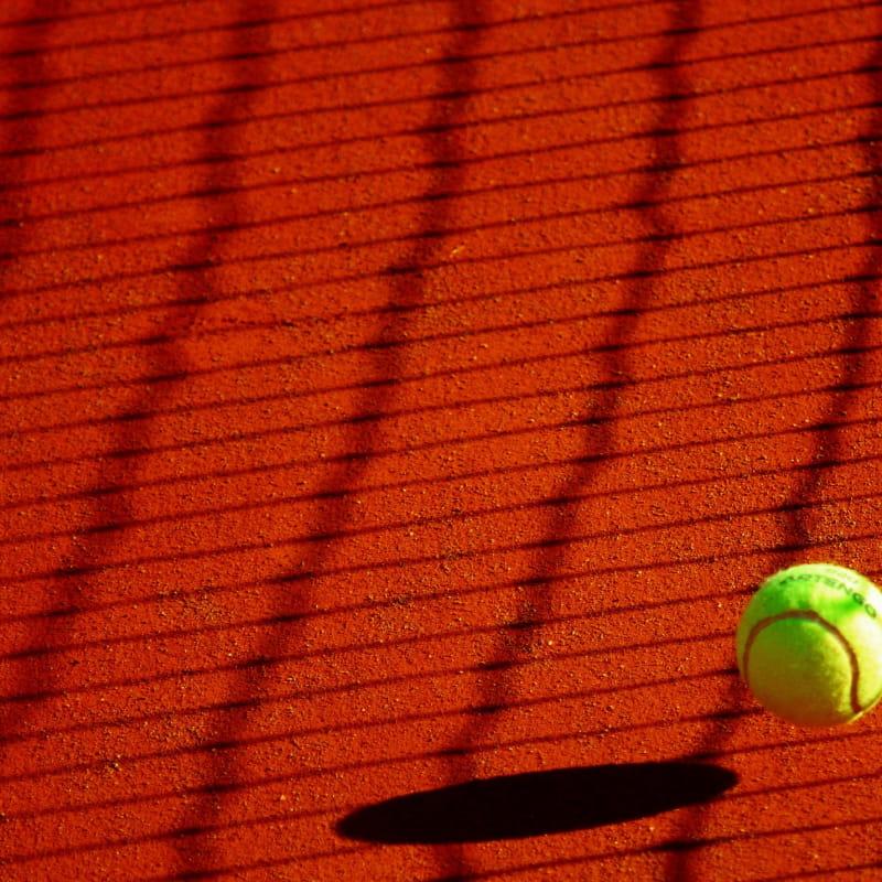 Courts de tennis aux Plans d'Hotonnes