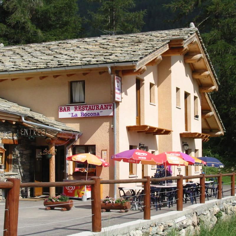 La Bocona l'été, restaurant à Bessans