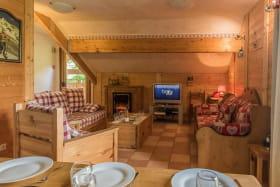 L'ETERLOU Appartement 14 personnes (Mont de Lans Village: 5 kms des 2 Alpes)