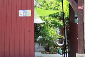 Référencé par Le guide du Routard, notre chambre d'hôtes s'ouvre sur la paisible cour intérieure