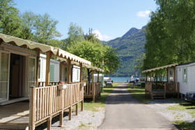 Mobil-home vue lac d'Annecy