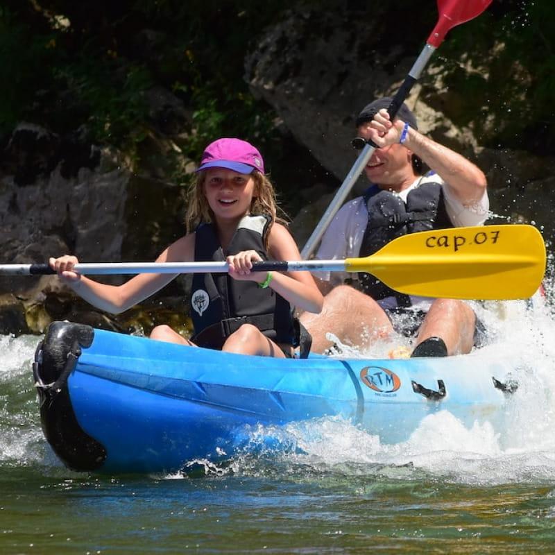 Canoë - Kayak de Ruoms à Sampzon - 4 km avec Cap07 Canoë