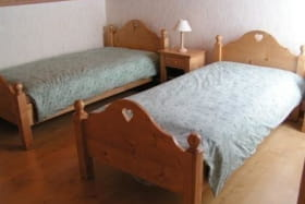 Chambre 1 : deux lits d'1 place