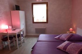 Chambres d'hôtes de l'Enclos à POMEYS (Rhône - Monts du Lyonnais) : la Chambre