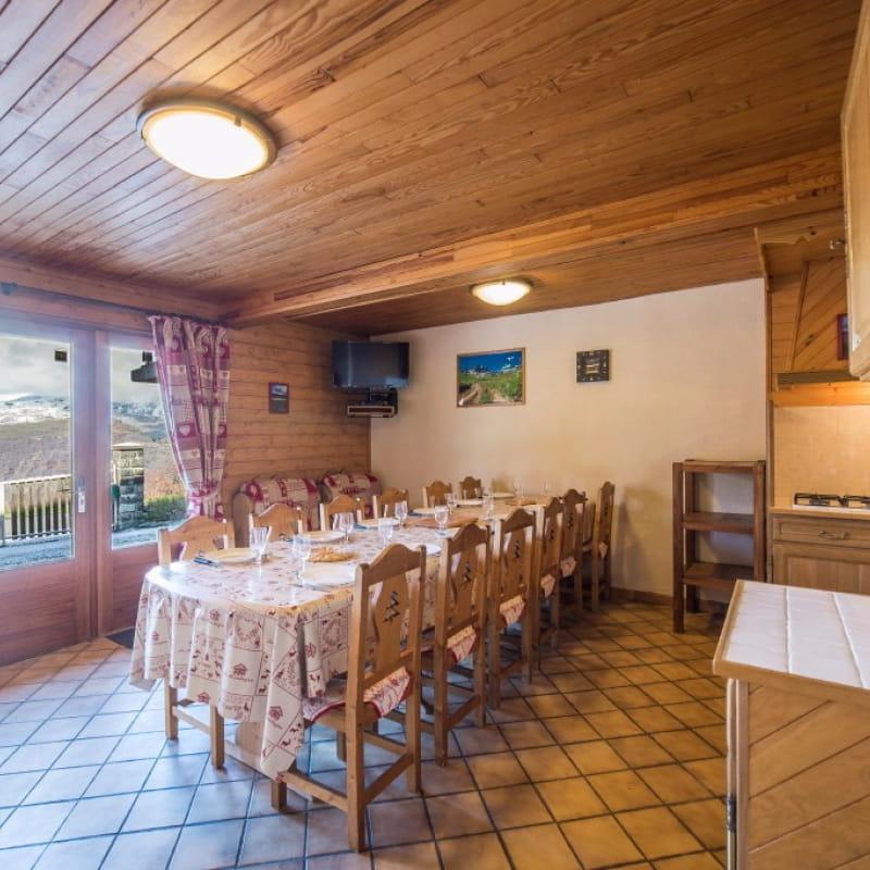 Appartement le Lys Martagon - Albiez le Jeune Savoie - Proche station de ski Albiez Montrond  - Entrée et pièce de vie