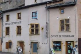Façades de l'Office de tourisme et Espace Découverte du Pays de L'Arbresle
