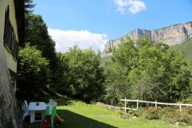 Salon extérieur, vue sur les falaises de Presles
