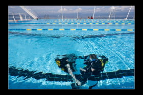 Photo plongée piscine
