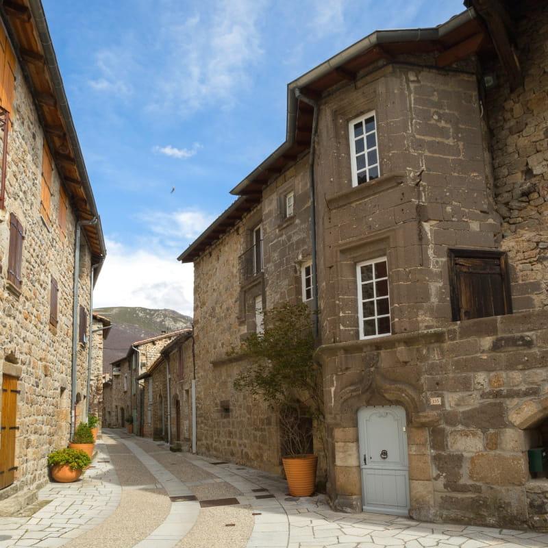 Montpezat-sous-Bauzon - Château de la Ville Basse ©S.BUGNON