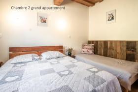 Chambre 2 grand appartement
