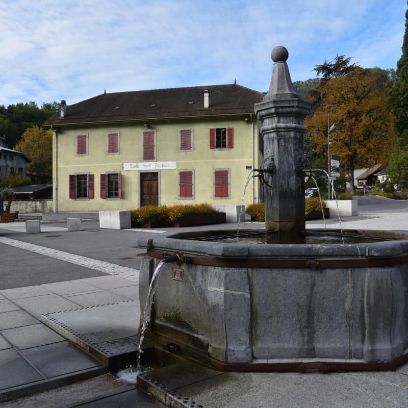 La Fontaine de la Place St Jacques