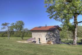 Gîte indépendant situé au calme, et à proximité de la maison des propriétaires.