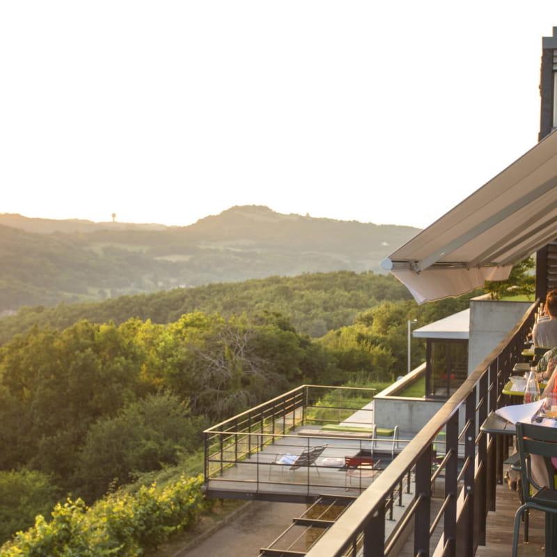 L'Ermitage Cuisine-à-manger - Terrasse avec vue