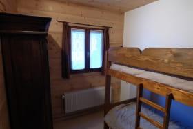 la chambre enfants (lits superposés)
