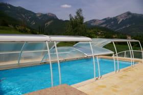 piscine commune aux 4 gites