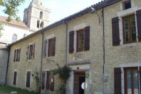 Dans l'ancien bâtiment des moines