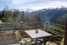 Terrasse avec vue sur le mont pourri