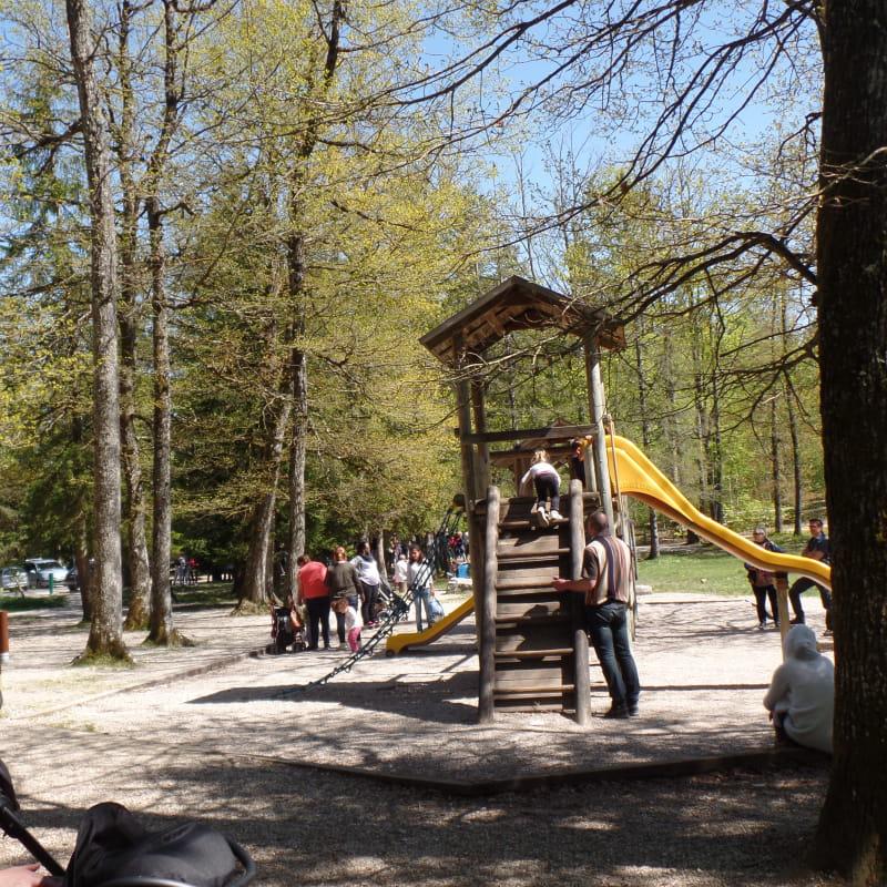Aire de jeux - Parc des Dronières