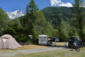 camping mer de glace 3