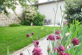 Gîte RUBIS Jardin de fleur