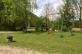 espace jeu libre sous la surveillance des parents.
