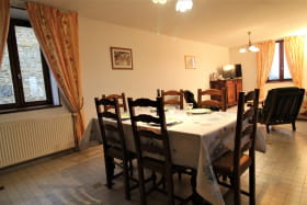 Le Gîte des Tuillières à Bagnols, dans le Beaujolais - Rhône : le séjour.