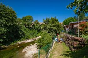 vue bungalow sur rivière
