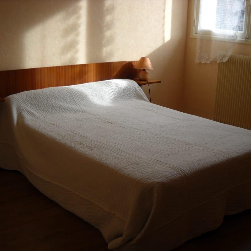 Chambre grand lit