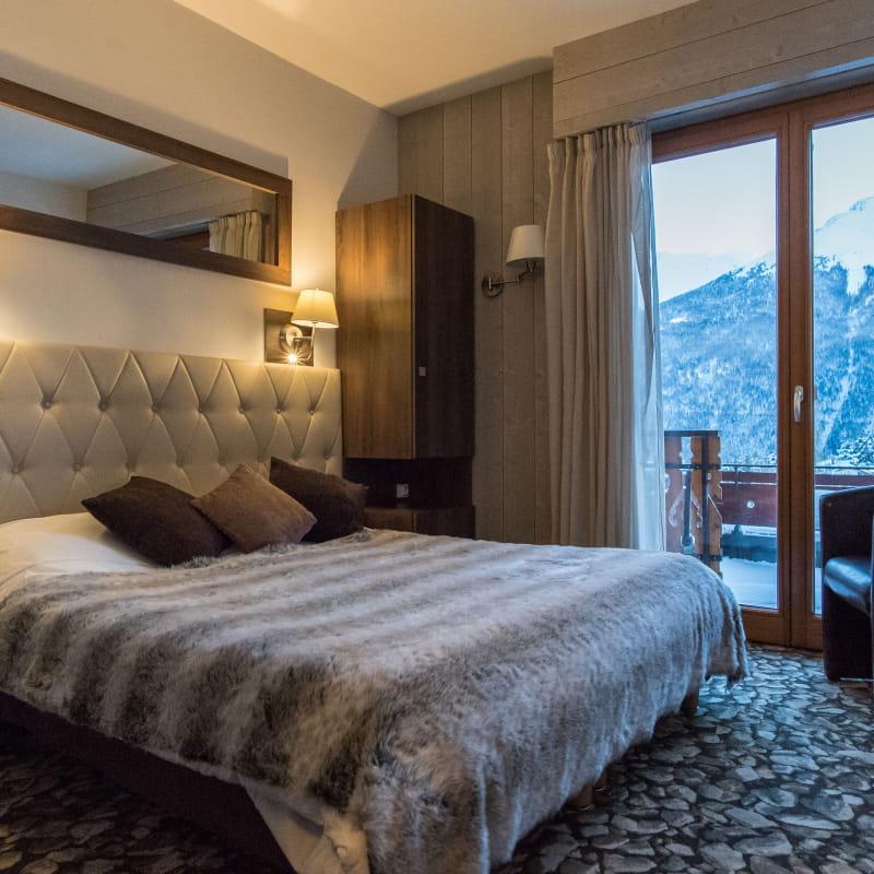 Chambre avec balcon hôtel du Soleil à Aussois
