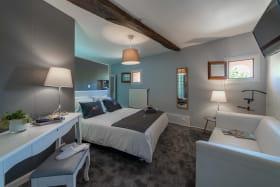 Chambre à l'Hôtel Spa le Coq Dort à Châtillon sur Chalaronne