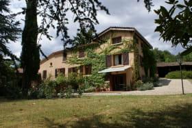 Location La Tuilière
